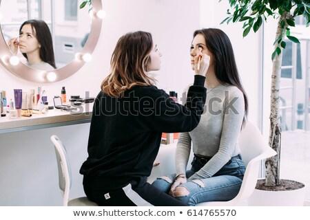 Uzupełnić artysty lustra studio młodych piękna Zdjęcia stock © dashapetrenko
