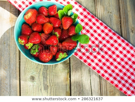 macro · aardbei · textuur · Rood · rijp · voedsel - stockfoto © galitskaya