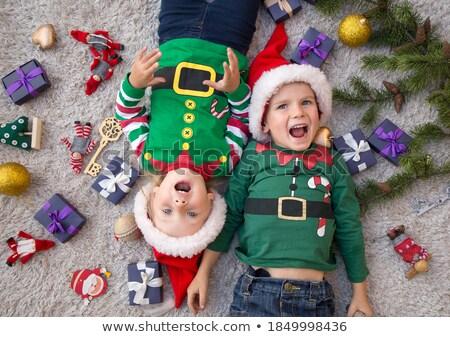 feliz · ninos · Navidad · tiempo · árbol - foto stock © konradbak