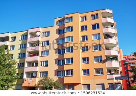 Farbenreich Wohnung Gebäude siebziger Berlin Deutschland Stock foto © elxeneize