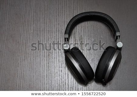 Fones de ouvido preto ouvido secretária macro Foto stock © simply