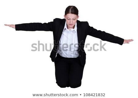 Térdel üzletasszony karok nyújtott öltöny munkás Stock fotó © photography33