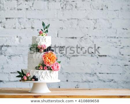 esküvői · torta · virágok · menyasszonyok · virágcsokor · dekoráció · kés - stock fotó © KMWPhotography
