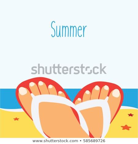 Mooie vrouwelijke voeten strand zeester ingericht Stockfoto © tannjuska