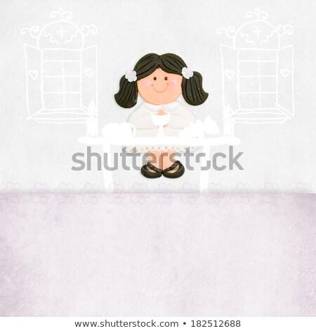 Brunette meisje eerste communie altaar kerk Stockfoto © marimorena