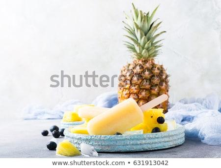 eigengemaakt · ananas · heerlijk · lichtblauw · plaat · grijs - stockfoto © Melnyk