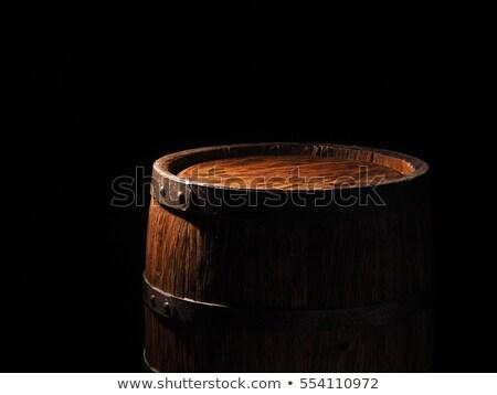 Szkła koniak starych baryłkę drewna Zdjęcia stock © goir