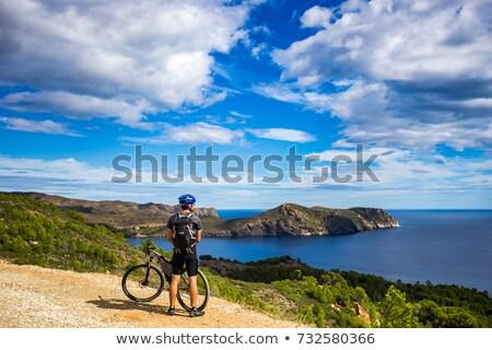 Plaży dwie osoby rowery morze bałtyckie niebo człowiek Zdjęcia stock © joyr