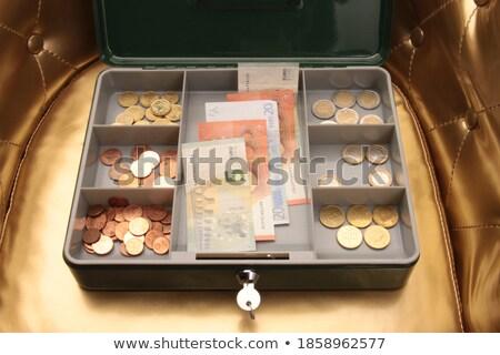 Cobre caixa moedas de ouro notas dólar papel Foto stock © bbbar