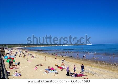 Plaży wybrzeża na północ morza niebo dwa Zdjęcia stock © bayberry