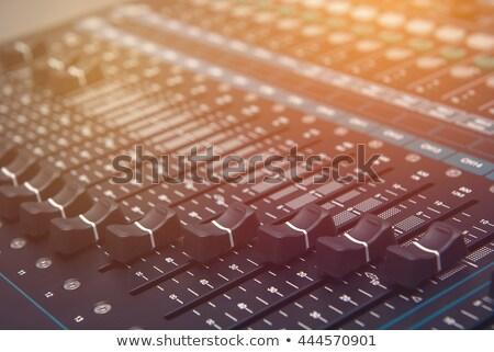 edad · de · audio · sonido · mezclador · panel · de · control - foto stock © jordanrusev
