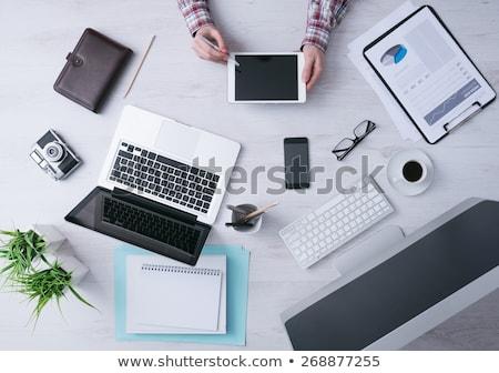 Portátil digital tableta teléfono móvil organizador escritorio Foto stock © wavebreak_media
