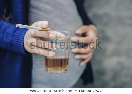 Hamile kadın sigara içme içme kadın hamile Stok fotoğraf © IS2