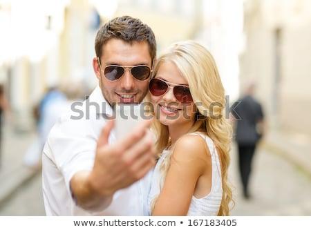 Stockfoto: Jonge · glimlachend · paar · zelfportret · smartphone