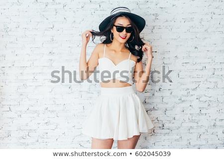 kadın · siyah · elbise · tuğla · duvar · güzel · bir · kadın · moda · model - stok fotoğraf © dolgachov