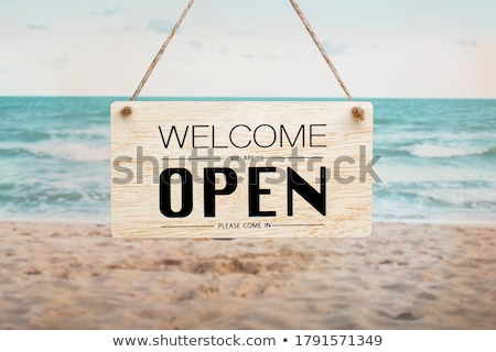 Bienvenida arena de la playa camino playa sin nubes Foto stock © antonprado