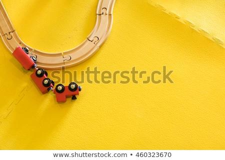 Foto stock: Brinquedo · de · madeira · trem · topo · ver · horizontal · imagem