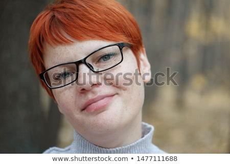 Portret dziewczyna czerwony sweter młodych Zdjęcia stock © deandrobot