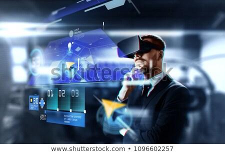 Biznesmen faktyczny rzeczywistość zestawu GPS działalności Zdjęcia stock © dolgachov