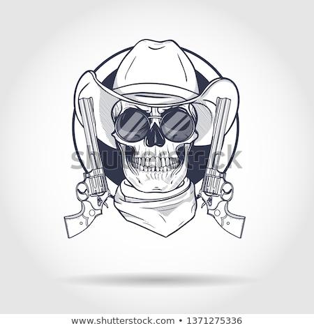 Сток-фото: череп · револьвер · ковбойской · шляпе · два · орудий