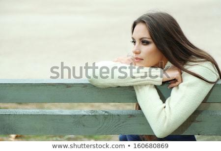 Stock fotó: Gyönyörű · fiatal · nő · ül · pad · üzlet · lány