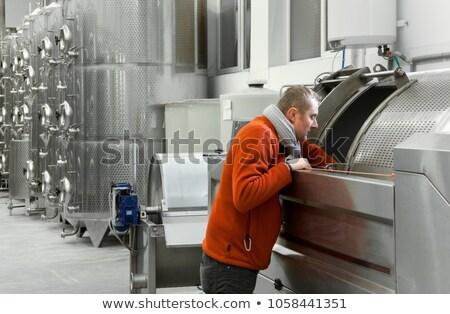 Fermentatie wijnmakerij Tsjechische Republiek technologie moderne tank Stockfoto © phbcz