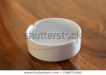 フル · 灰皿 · 孤立した · 白 · 煙 · 薬 - ストックフォト © jfjacobsz