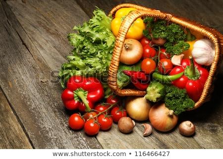 Bioélelmiszer zöldségek kosár természetes fából készült tavasz Stock fotó © Yatsenko