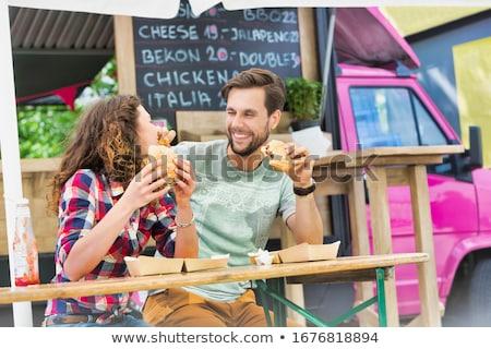 boldog · nő · wok · barátok · étel · teherautó - stock fotó © dolgachov