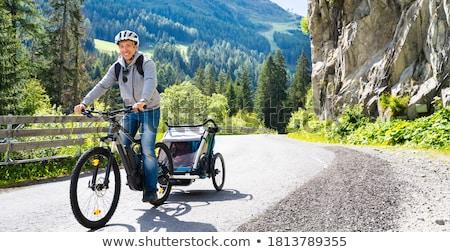 отец ребенка верховая езда горных велосипедов Альпы семьи Сток-фото © AndreyPopov