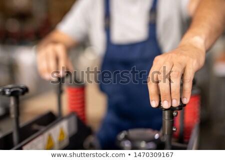 Mano tecnico ingegnere uno industriali Foto d'archivio © pressmaster