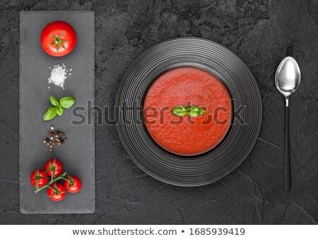 preto · restaurante · prato · cremoso · sopa · de · tomate · tabela - foto stock © denismart