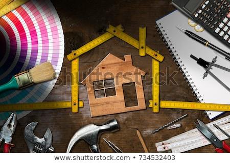 liefde · paar · zoenen · nieuw · huis · schilderij - stockfoto © nyul