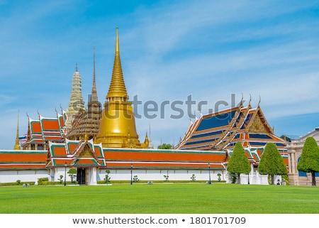 dourado · buda · pagode · templo · céu · edifício - foto stock © zmkstudio