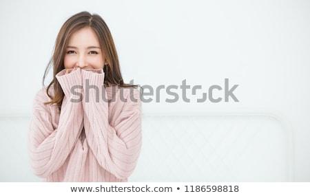 Niewinny kobieta widoku portret shirt Zdjęcia stock © gemenacom