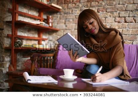 genç · kadın · kanepe · genç · artı · boyutu · kadın - stok fotoğraf © dolgachov