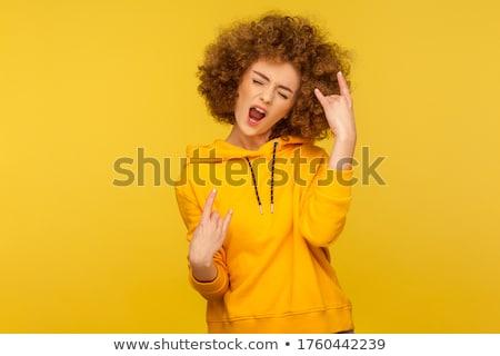 Portrait colère jeune fille cheveux bouclés hurlant isolé Photo stock © deandrobot