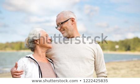 gelukkig · praten · zomer · strand · familie - stockfoto © dolgachov