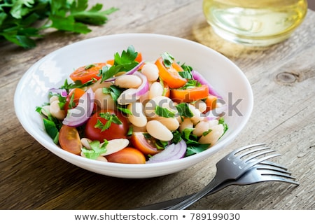 saludable · ensalada · frijoles · frescos · tomates · albahaca - foto stock © shamtor