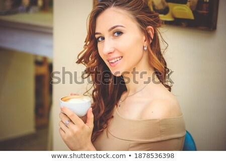 mooie · gelukkig · vrouw · tabel · koffie · drinken - stockfoto © Rob_Stark