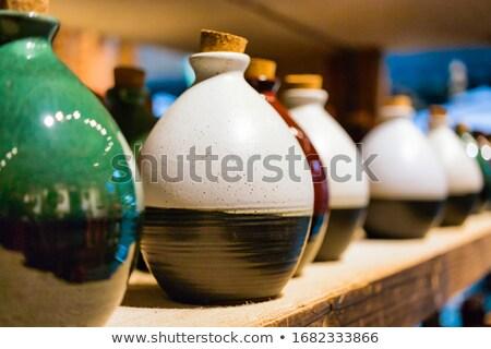 капсулы · один · белый · керамической - Сток-фото © kayco