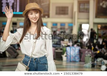 mulher · óculos · de · sol · espera · mala · negócio · cara - foto stock © zurijeta