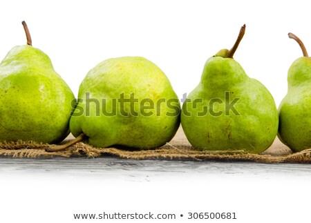 maturo · succosa · farm · pere · foglie · verdi - foto d'archivio © szabiphotography