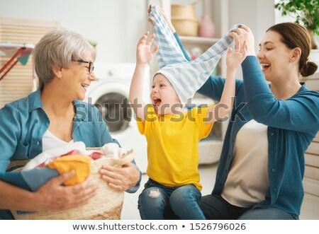 мамы · прачечной · Cute · матери · беременна · зеленый - Сток-фото © choreograph