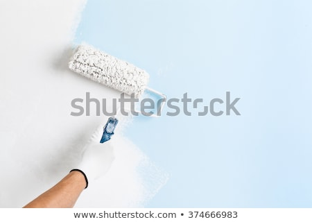 Stok fotoğraf: Adam · boyama · beyaz · duvar · kıdemli · rulo