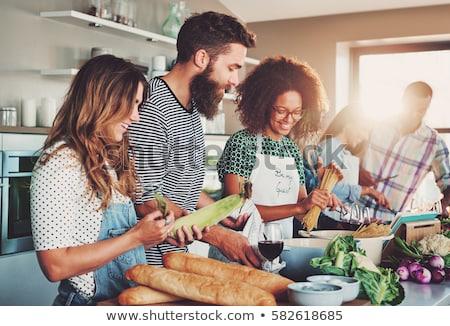 Stockfoto: Vrienden · spaghetti · groep · jonge · ontbijt · moderne