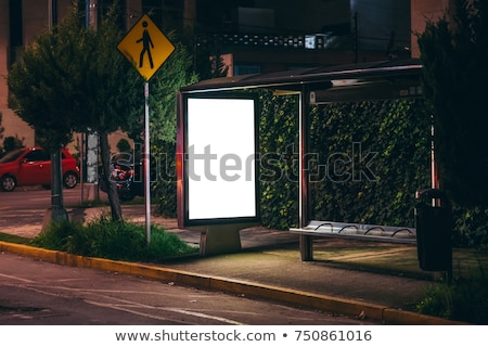 cartellone · fermata · dell'autobus · notte · strada · città · vetro - foto d'archivio © stevanovicigor