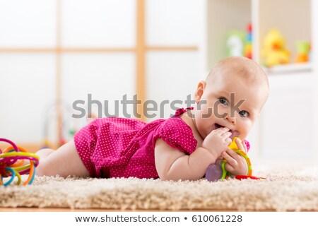 menina · branco · folha · sorrir · criança - foto stock © mikko