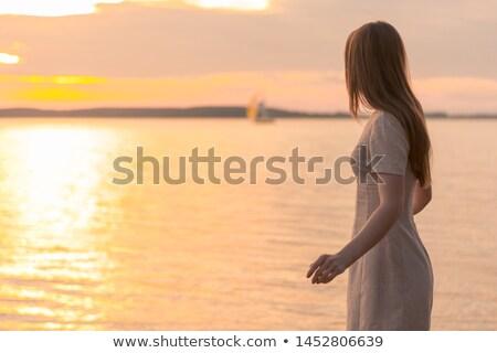 Nő néz távolság folyó égbolt boldog Stock fotó © zeffss