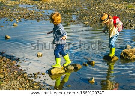 子供 川 実例 多くの 木材 緑 ストックフォト © colematt